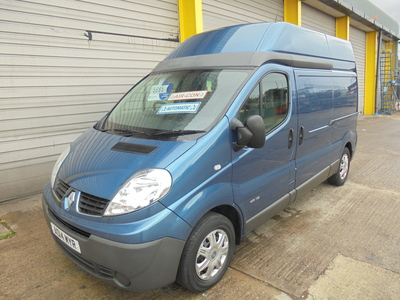 2014 RENAULT TRAFIC 2.0DCi 115 QS6 AUTOMATIC