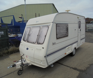 1998 BAILEY SPIRE 460/2 SE 2 BERTH TOURING CARAVAN